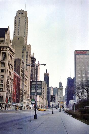 Michigan Avenue before the Streetscape project began.