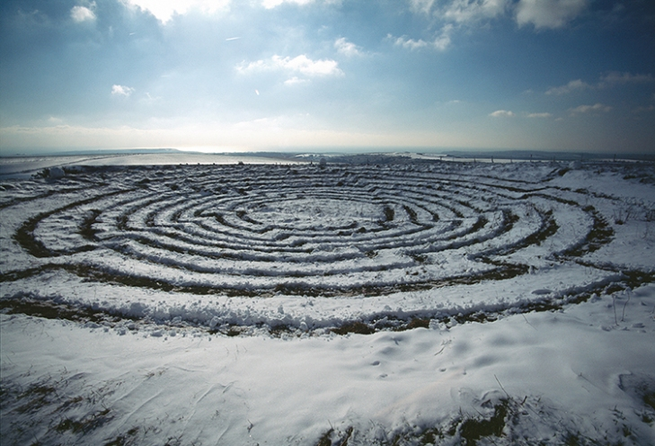Snow Vortex, Sussex, UK, 1999. Courtesy Chris Drury; photos: © Chris Drury