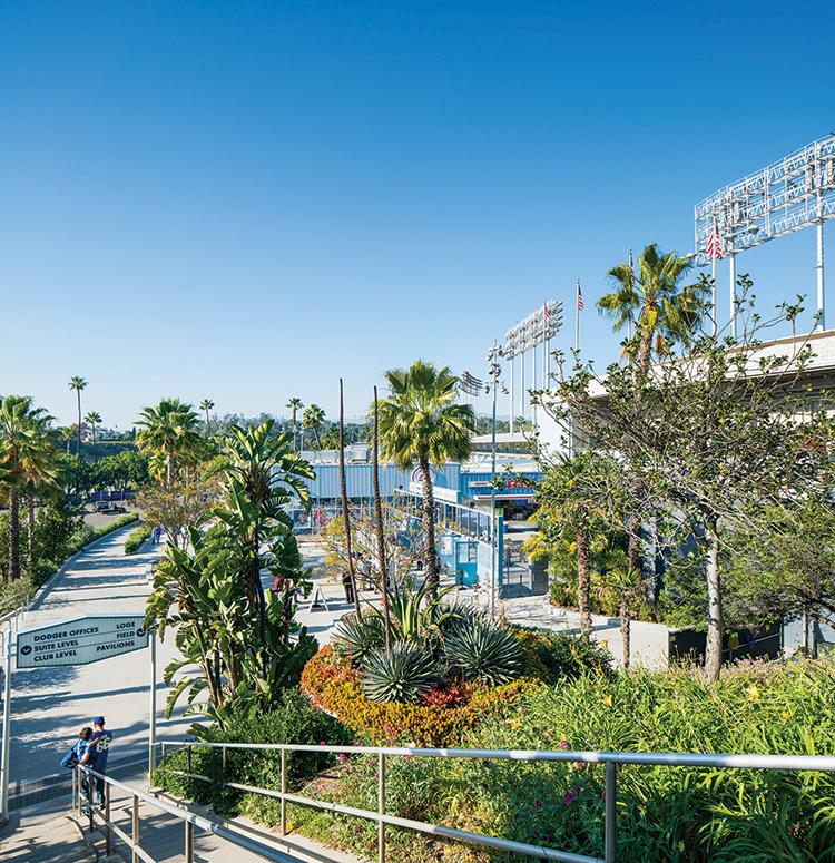Fan favorite para los aficionados landscape for Southern california architecture firms