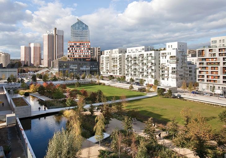 Parisian accents la touche parisienne landscape for Agence immobiliere 3f boulogne billancourt